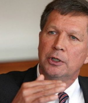 Kasich shuns OH state law, lets PP resume abortions