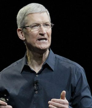 Left-Wing Companies Against Trump: Apple Considering Legal Action Against Travel Ban