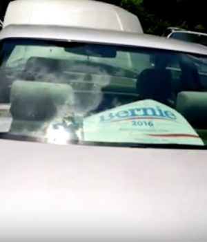 Tow truck driver tells Sanders supporter to 'call the government for a tow'