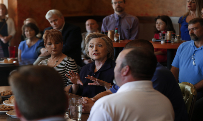 Clinton Apologizes for Saying She'd Put Coal 'Out of Business'