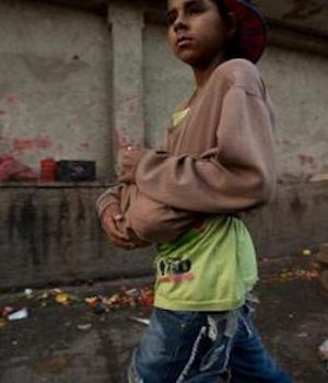 As hunger mounts, people in socialist Venezuela turn to trash for food