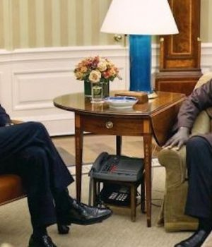 Barack Obama's half-brother Malik says he's voting for Trump
