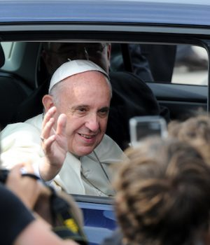Pope Francis admits: Not all migrants good, not all border limits bad