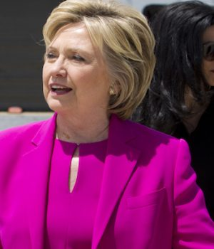 FBI says it has 14,900 more of Hillary's undisclosed emails