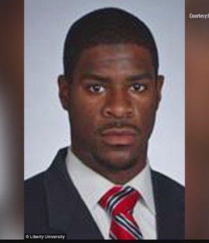 Pastor defends NC cop who fatally shot Scott