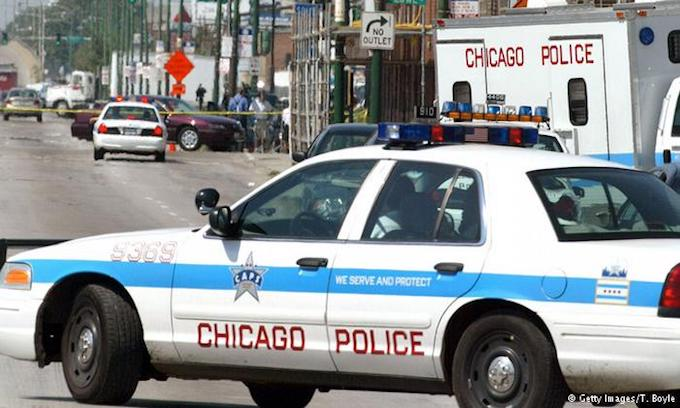 Chicago police commander gunned down in Loop pursuing a suspect