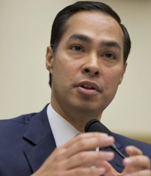 HUD secretary declares all federal public housing will be smoke-free in 18 mos.