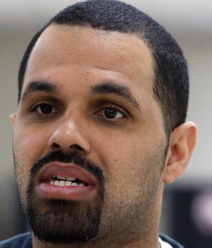 Democrat Governor Pardons Armed Robber with Deportation Order