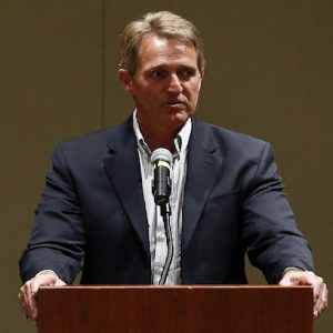 Trump targets Jeff Flake during Phoenix rally