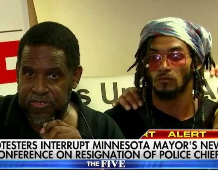 Minneapolis Police Chief Janeé Harteau resigns; protesters shout down Mayor Betsy Hodges