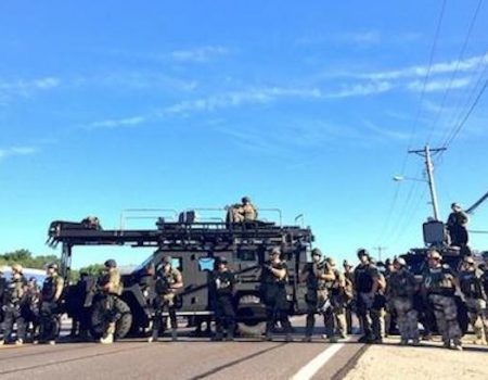Trump clears way for police departments to obtain military gear