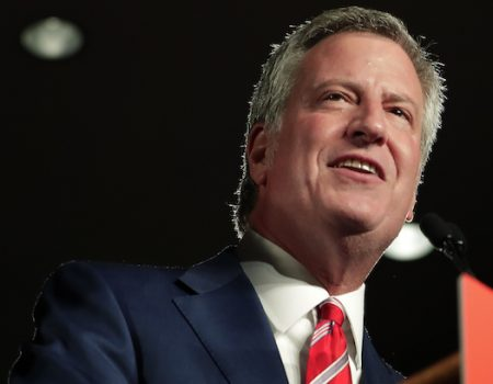 Bill de Blasio sues five oil companies over climate change