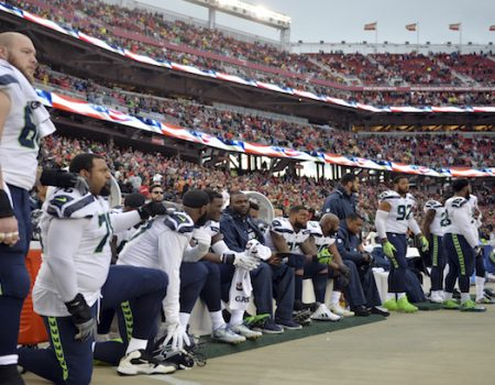 Survey: NFL ratings down due to anthem protests