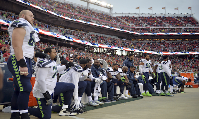 NFL take-a-knee protests make comeback