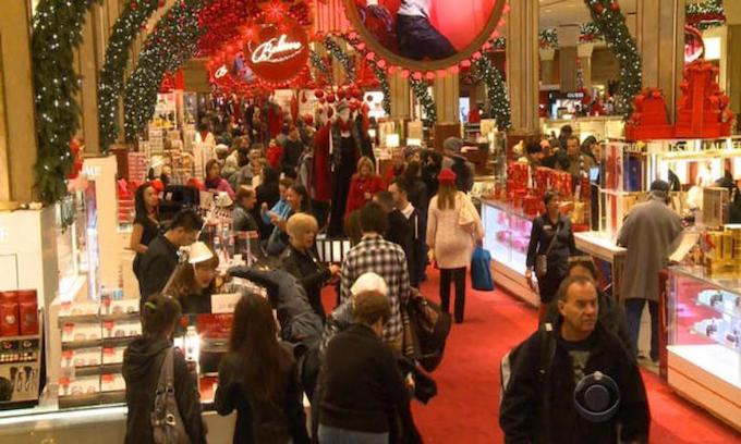 Biggest Christmas shopping surge since before Obama