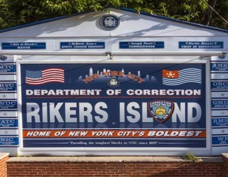 Corrections officers outraged over Colin Kaepernick visit to prisoners at Rikers Island