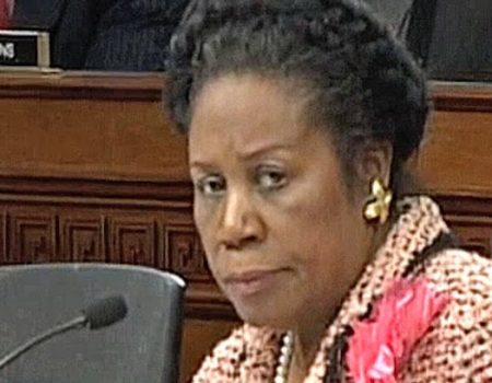 What's in the envelope Rep. Sheila Jackson Lee gave to Ford's attorney during Kavanaugh hearings?