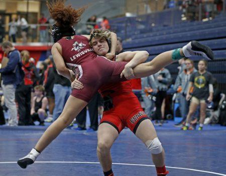 Double-crossed? 'Transgender boy' wins 2nd girls' wrestling title