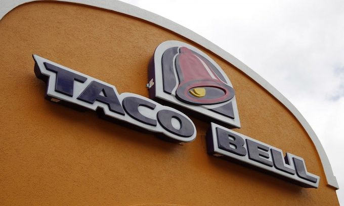 Taco Bell chastised for way they handled large group of homeless