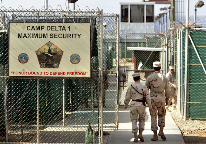 Castro demands return of Guantanamo Bay during Obama visit