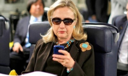 Hillary Clinton's Email Problems: Growing Crisis or Nothing to See?