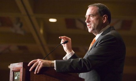 Huckabee: GOP exodus over Planned Parenthood