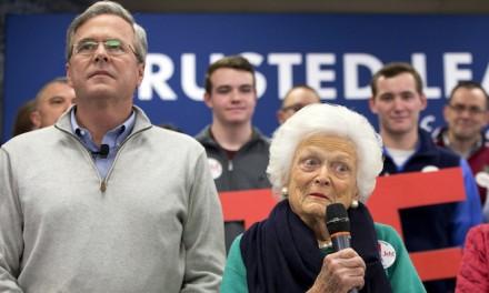 Desperate Jeb Bush brings mom in to campaign