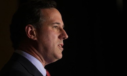 Santorum ends presidential campaign, endorses Rubio