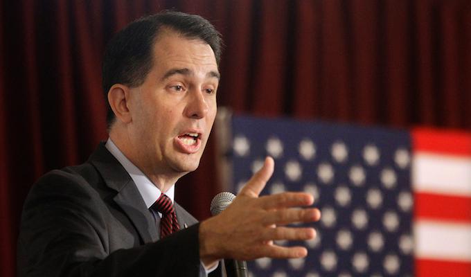 Wisconsin's Walker backs Cruz