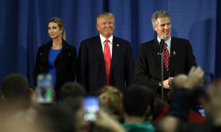 Trump blames dirty politics for Iowa finish, gets Scott Brown's endorsement