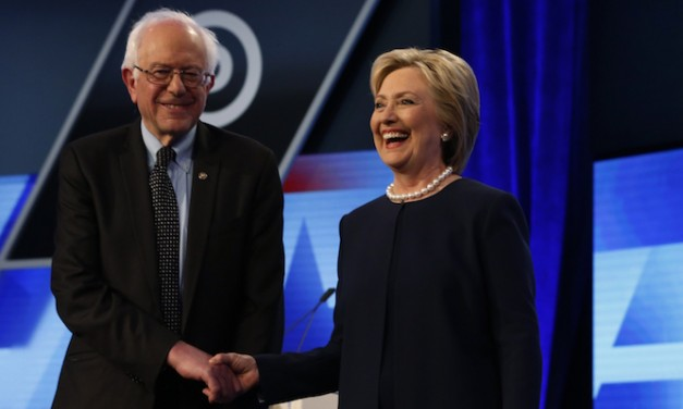 Hillary Clinton and Bernie Sanders sure hate each other, don't they?