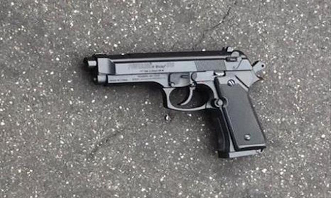 Police shoot teen carrying real looking replica gun