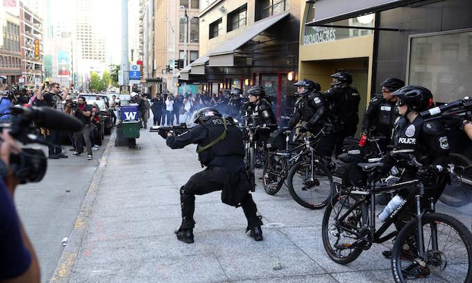 Anti-cop leftist politics spur Seattle police 'mass exodus'