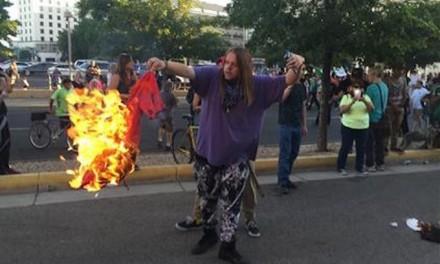 Anti-Trump rally turns into riot in Albuquerque