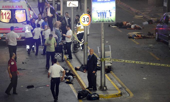 Turkish raids target ISIS group, 13 held