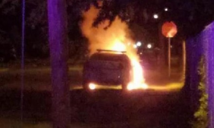 Florida police car set on fire; Black Lives Matter note left