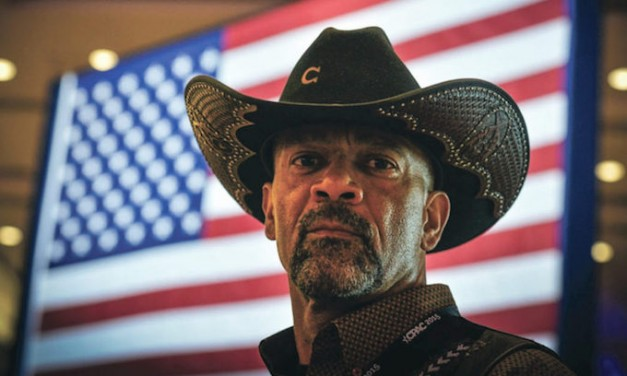 Report: David Clarke, former Milwaukee County sheriff, banned from Fox News