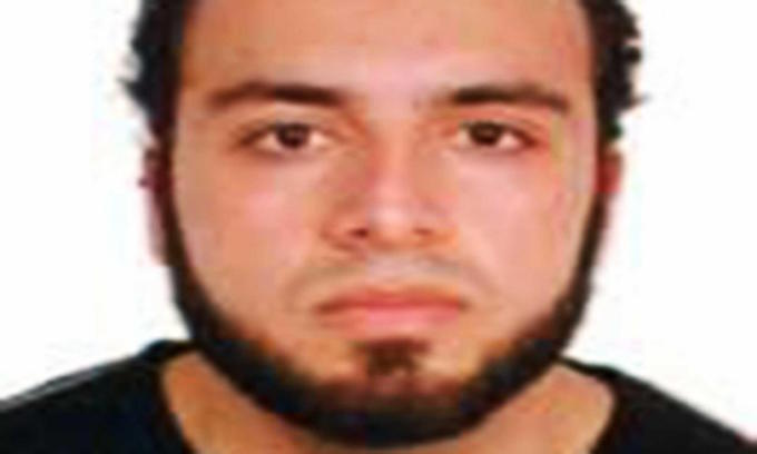 Terrorist's father contacted FBI in 2014 over terrorism worry