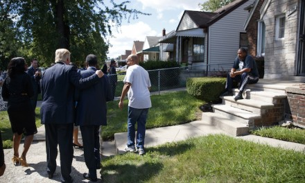 Trump visits Ben Carson's boyhood Detroit neighborhood