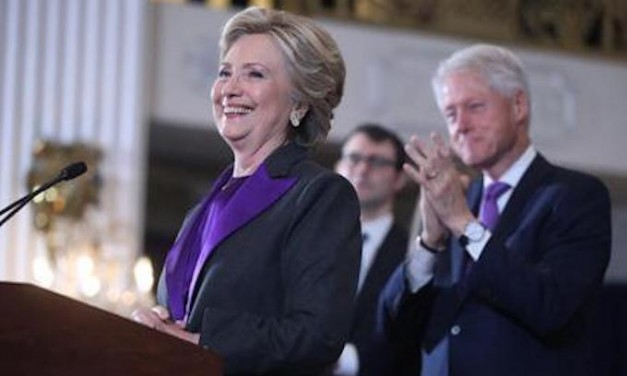 Following the Clintons' final con