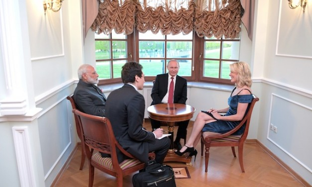 Twitter Says Megyn Looks Unprofessional, What Do You Say?
