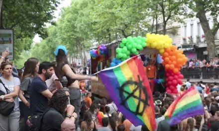 Thousands march at Paris Gay Pride to demand procreation for all