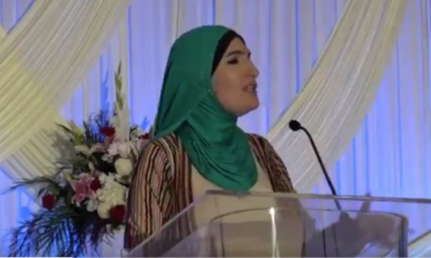 Women's March leader Linda Sarsour launches racial attack against 'white woman' Susan Collins