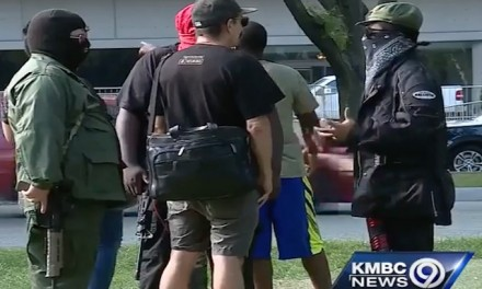 KC police disarm Antifa groups, others at Washington Square rally