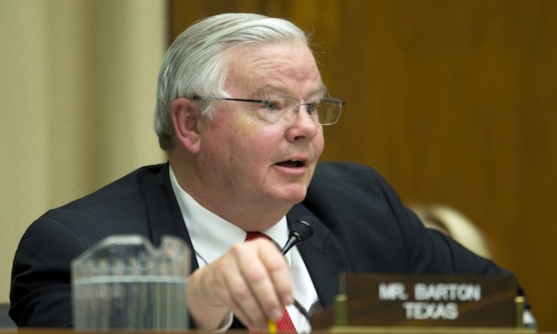 After nude photos and sex messages, Joe Barton says he won't seek re-election