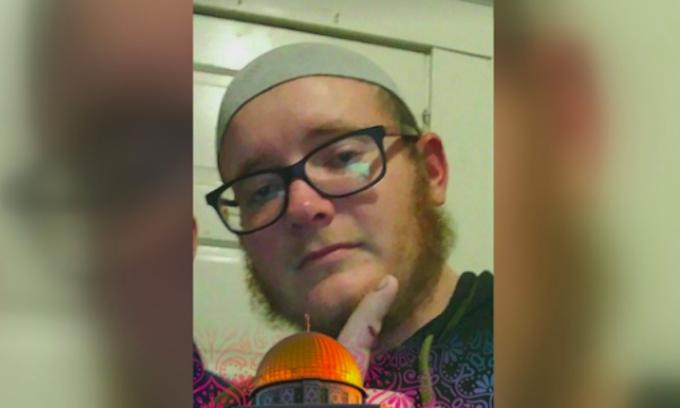 FBI arrests ex-Marine accused of plotting San Francisco terror attack