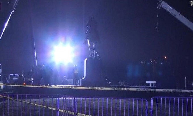 Memphis removes Confederate statues from Downtown parks