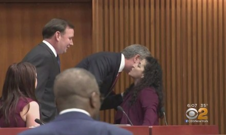Bill de Blasio's habit of greeting female lawmakers with a kiss under #MeToo microscope