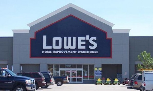 MAGA: Lowe's workers get bonuses of up to $1,000 thanks to Trump tax cut