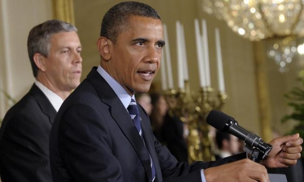 Gun Control: Obama's education chief urges school boycotts